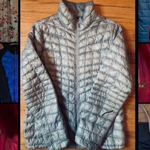 Light silver north face puffer jacket